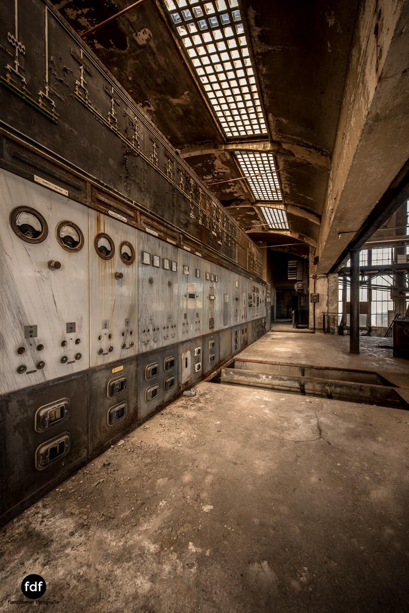 Alienworks-Kraftwerk-Lost-Place-Urbex-Frankreich--14.JPG