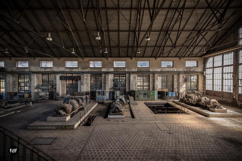 Alienworks-Kraftwerk-Lost-Place-Urbex-Frankreich--18.JPG