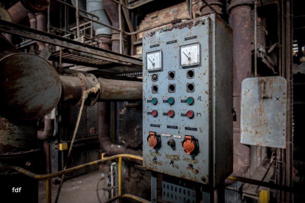 Alienworks-Kraftwerk-Lost-Place-Urbex-Frankreich-55.JPG