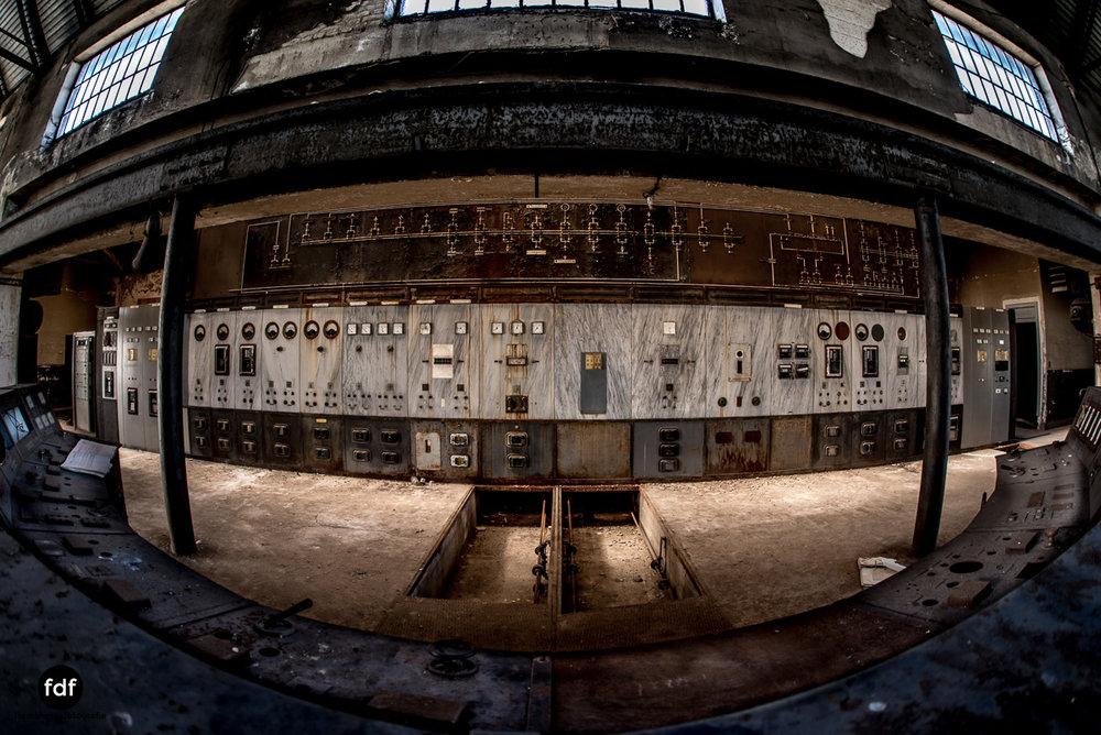 Alienworks-Kraftwerk-Lost-Place-Urbex-Frankreich-101.JPG