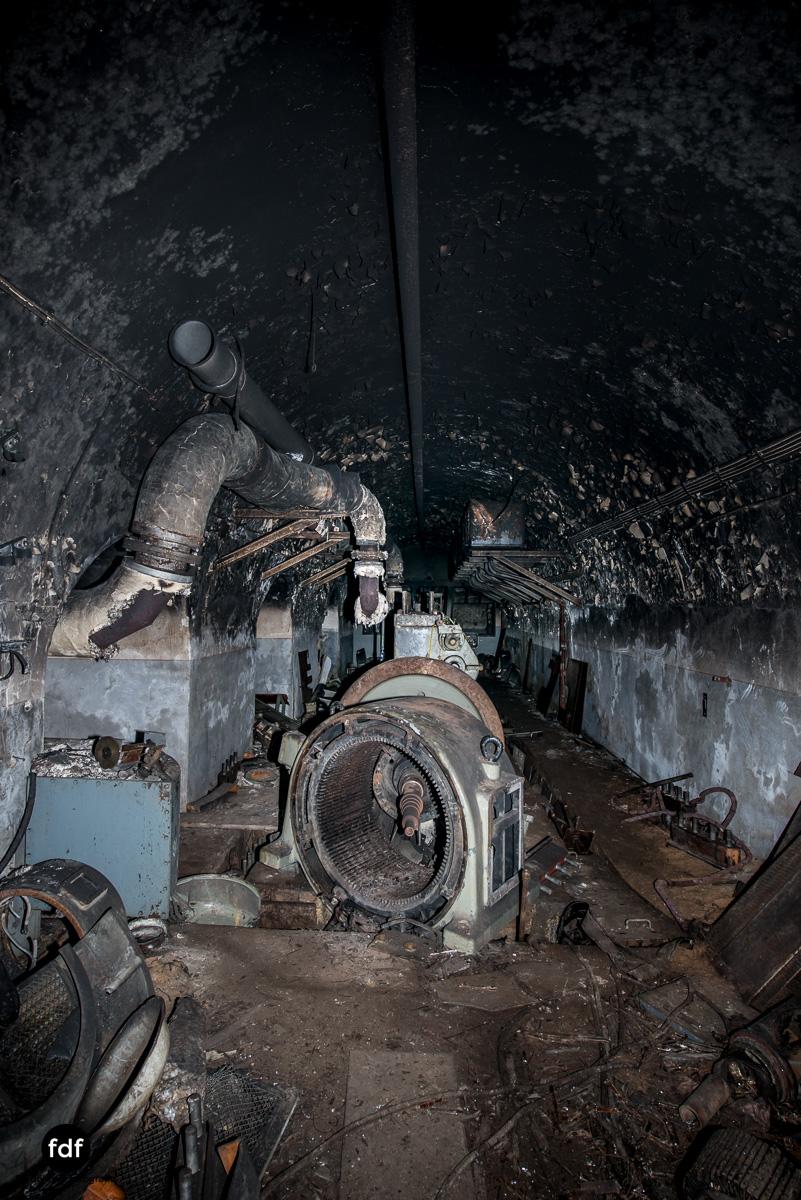Metrich-Maginotlinie-Bunker-Weltkrieg-Lost-Place-Frankreich-132.JPG