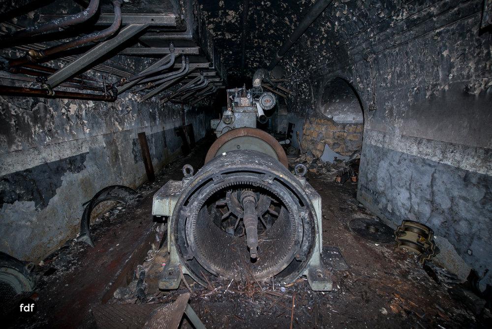 Metrich-Maginotlinie-Bunker-Weltkrieg-Lost-Place-Frankreich-140.JPG