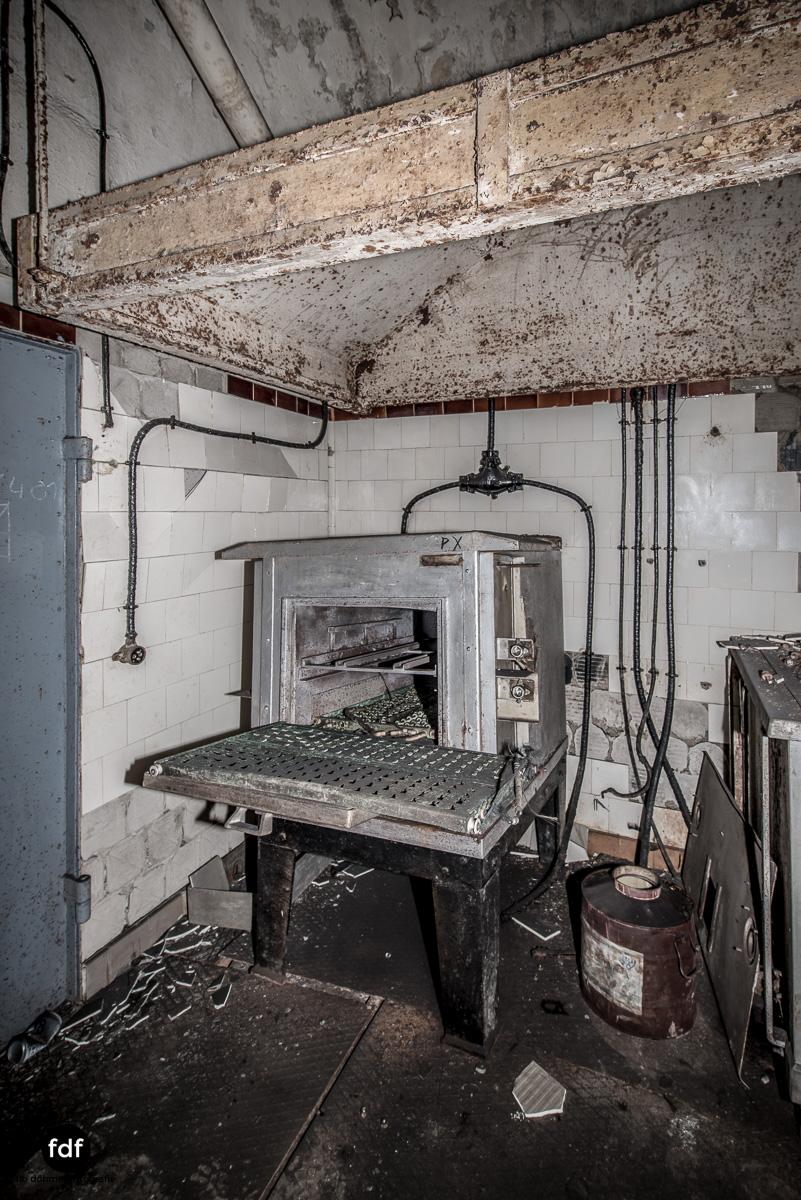 Metrich-Maginotlinie-Bunker-Weltkrieg-Lost-Place-Frankreich-158.JPG