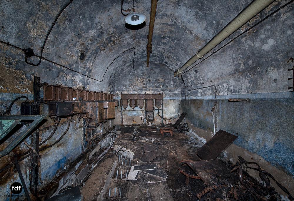 Metrich-Maginotlinie-Bunker-Weltkrieg-Lost-Place-Frankreich-219.JPG