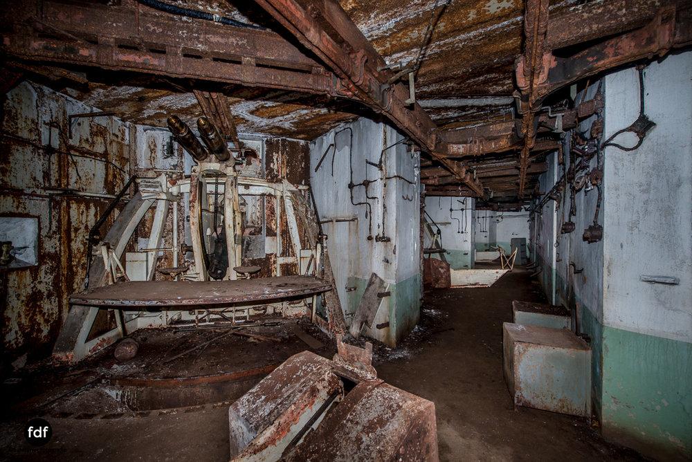 Metrich-Maginotlinie-Bunker-Weltkrieg-Lost-Place-Frankreich-275.JPG