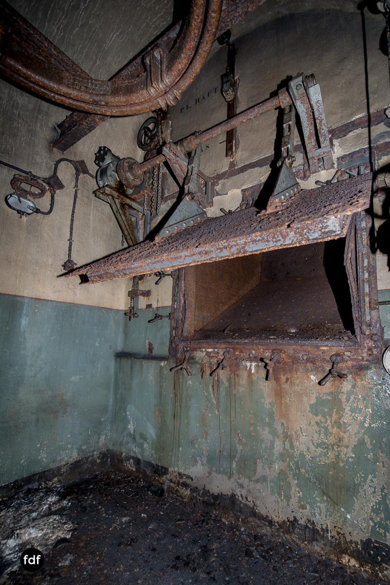 Metrich-Maginotlinie-Bunker-Weltkrieg-Lost-Place-Frankreich-283.JPG