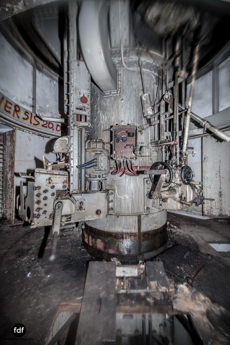 Metrich-Maginotlinie-Bunker-Weltkrieg-Lost-Place-Frankreich-341.JPG