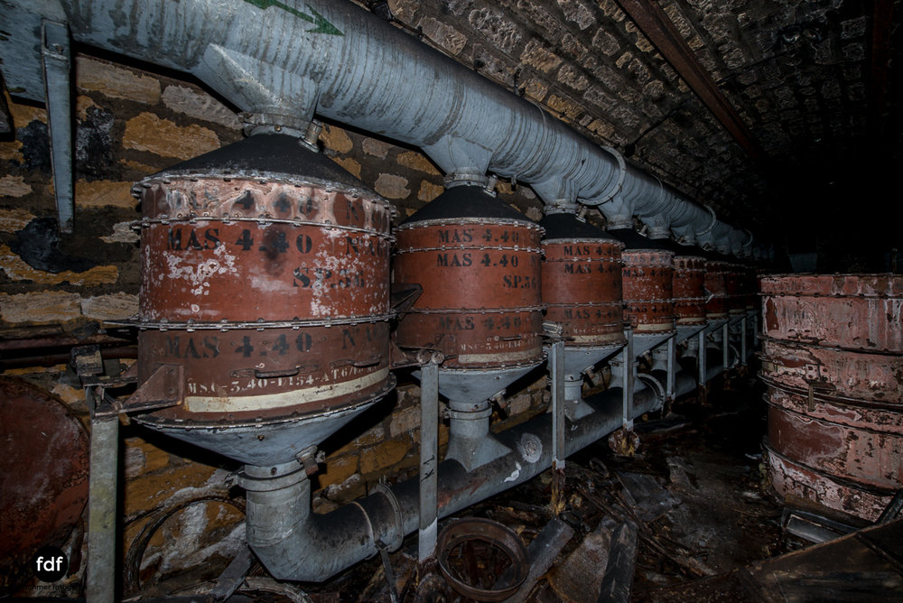 Metrich-Maginotlinie-Bunker-Weltkrieg-Lost-Place-Frankreich-377.JPG