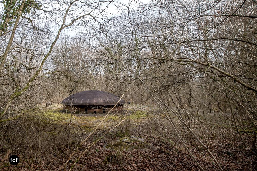 Metrich-Maginotlinie-Bunker-Weltkrieg-Lost-Place-Frankreich-62.JPG