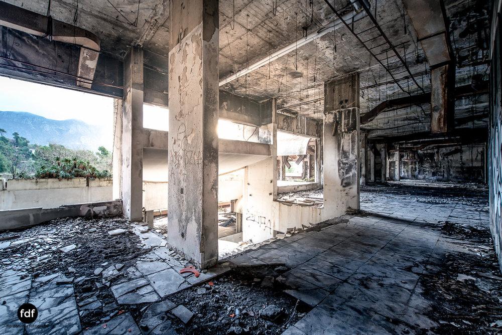 Hotel-Ruine-Bucht-Meer-Krieg-Lost-Place-Balkan-Kroatien-26.JPG