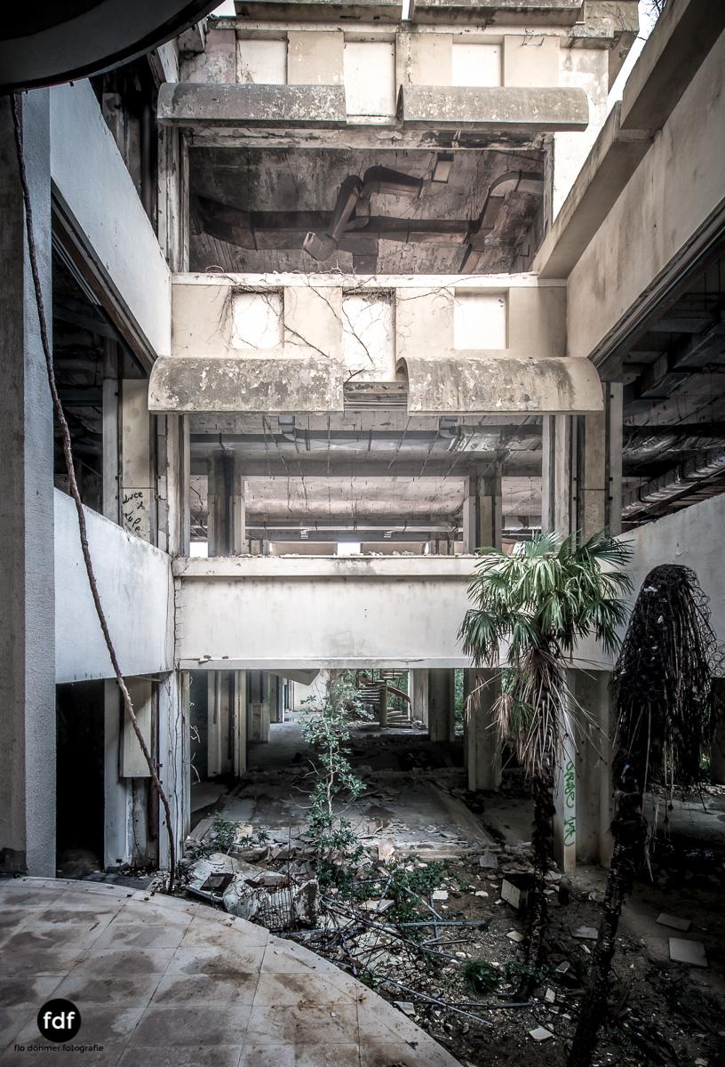 Hotel-Ruine-Bucht-Meer-Krieg-Lost-Place-Balkan-Kroatien-36.JPG