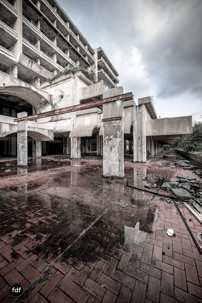 Hotel-Ruine-Bucht-Meer-Krieg-Lost-Place-Balkan-Kroatien-39.JPG