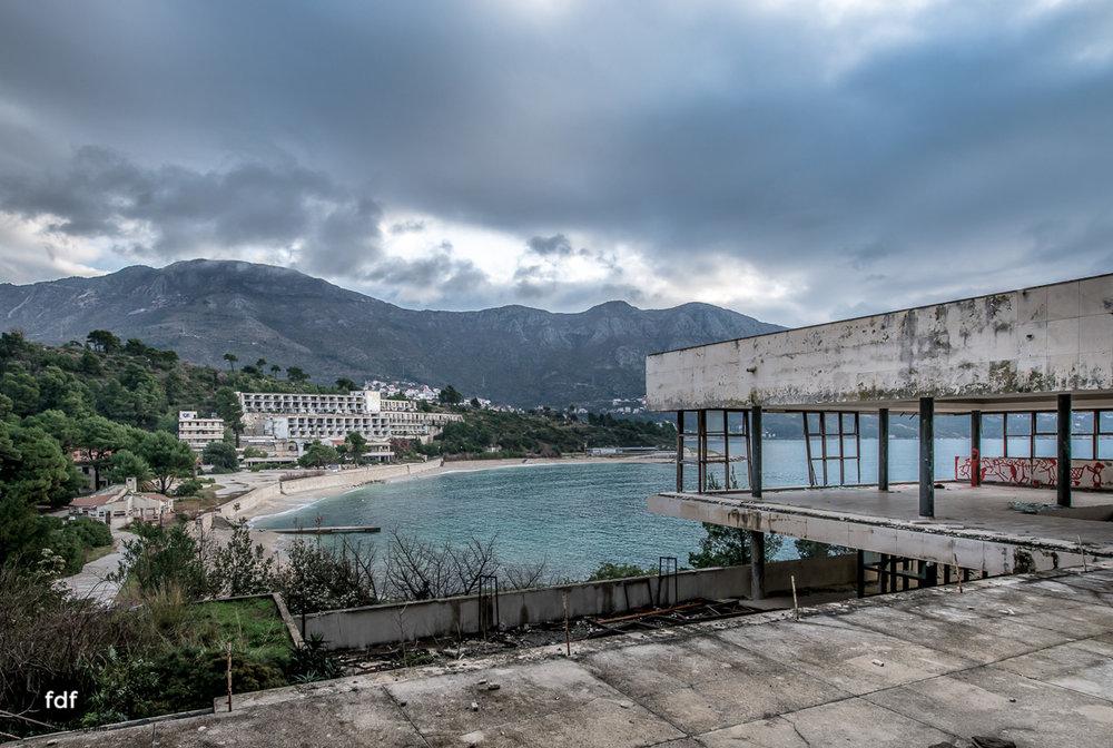 Hotel-Ruine-Bucht-Meer-Krieg-Lost-Place-Balkan-Kroatien-66.JPG