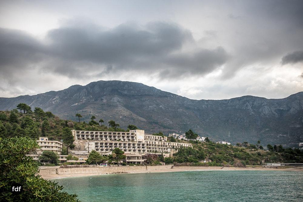 Hotel-Ruine-Bucht-Meer-Krieg-Lost-Place-Balkan-Kroatien-82.JPG