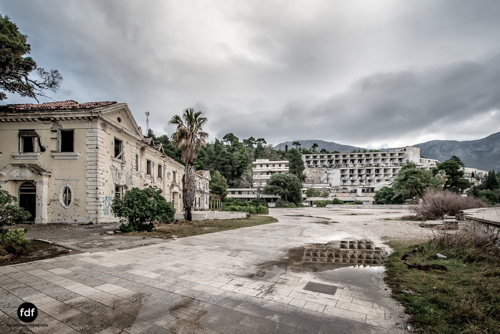 Hotel-Ruine-Bucht-Meer-Krieg-Lost-Place-Balkan-Kroatien-102.JPG