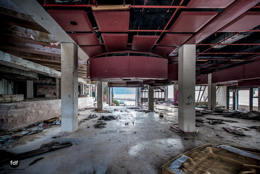Hotel-Ruine-Bucht-Meer-Krieg-Lost-Place-Balkan-Kroatien-125.JPG