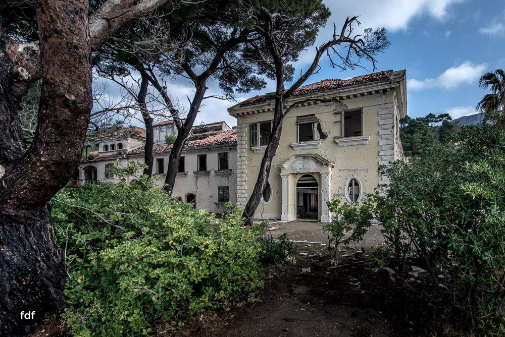 Hotel-Ruine-Bucht-Meer-Krieg-Lost-Place-Balkan-Kroatien-170.JPG
