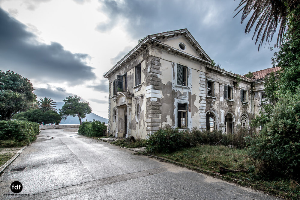 Hotel-Ruine-Bucht-Meer-Krieg-Lost-Place-Balkan-Kroatien-184.JPG