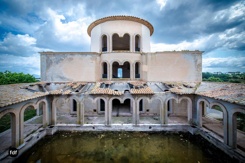 Joh-Barry-Villa-Finca-Lost-Place-Spanien-Mallorca-19.JPG