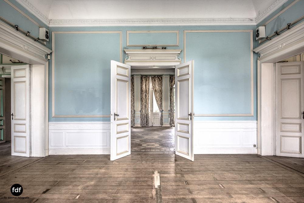 Hotel Cheminee Chateau Belgien Lost Place-13.JPG