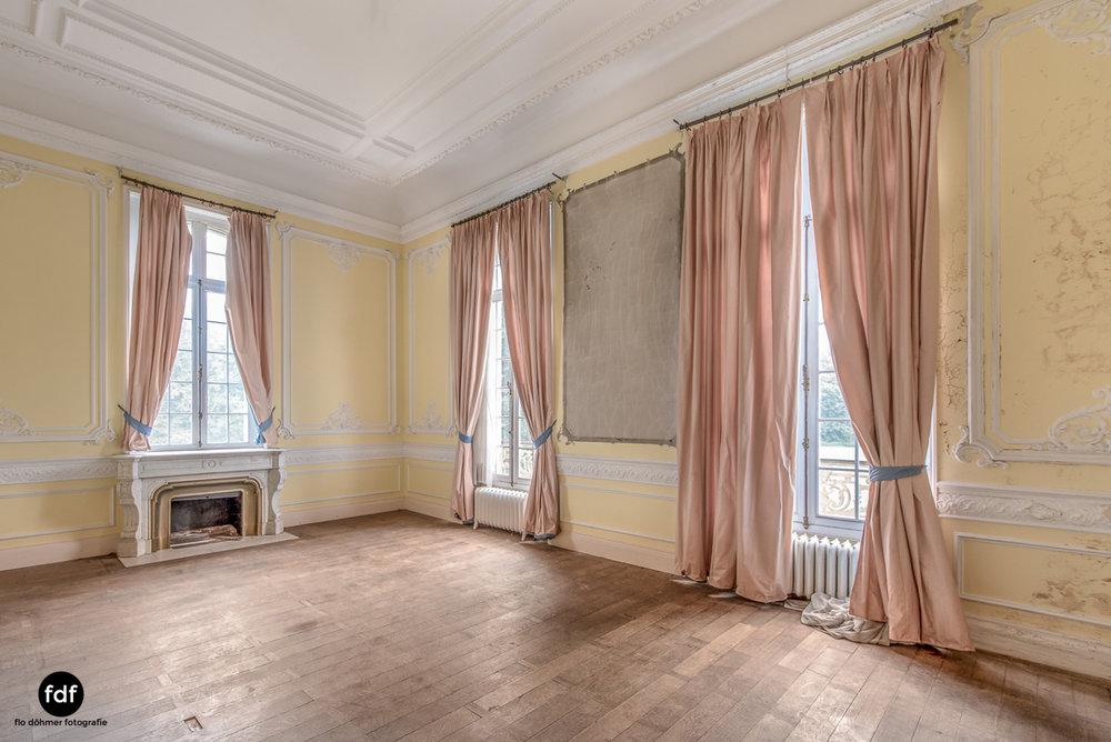 Hotel Cheminee Chateau Belgien Lost Place-18.JPG