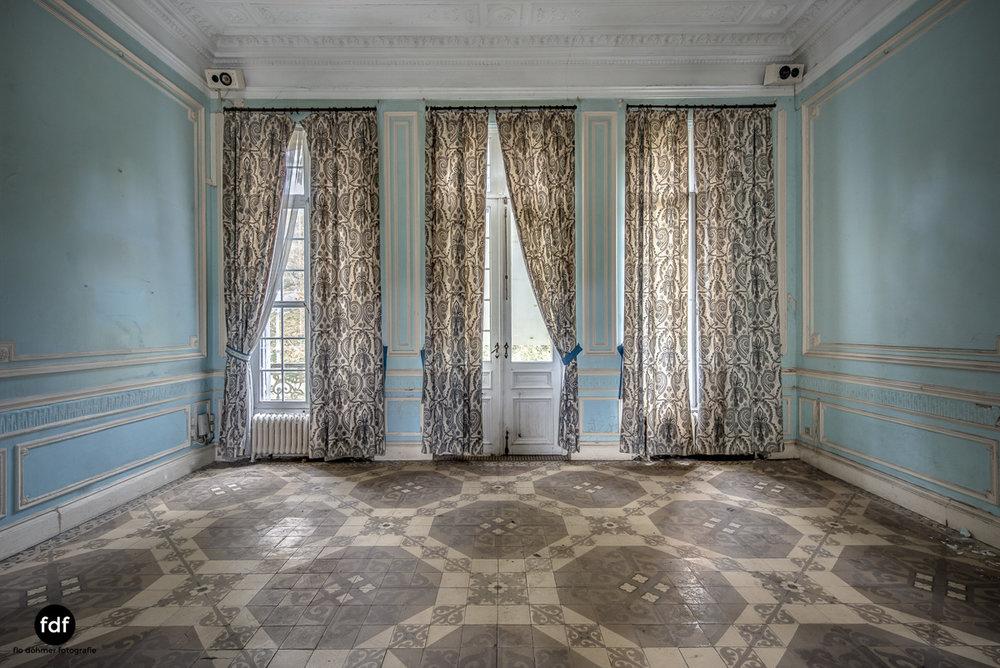 Hotel Cheminee Chateau Belgien Lost Place-26.JPG