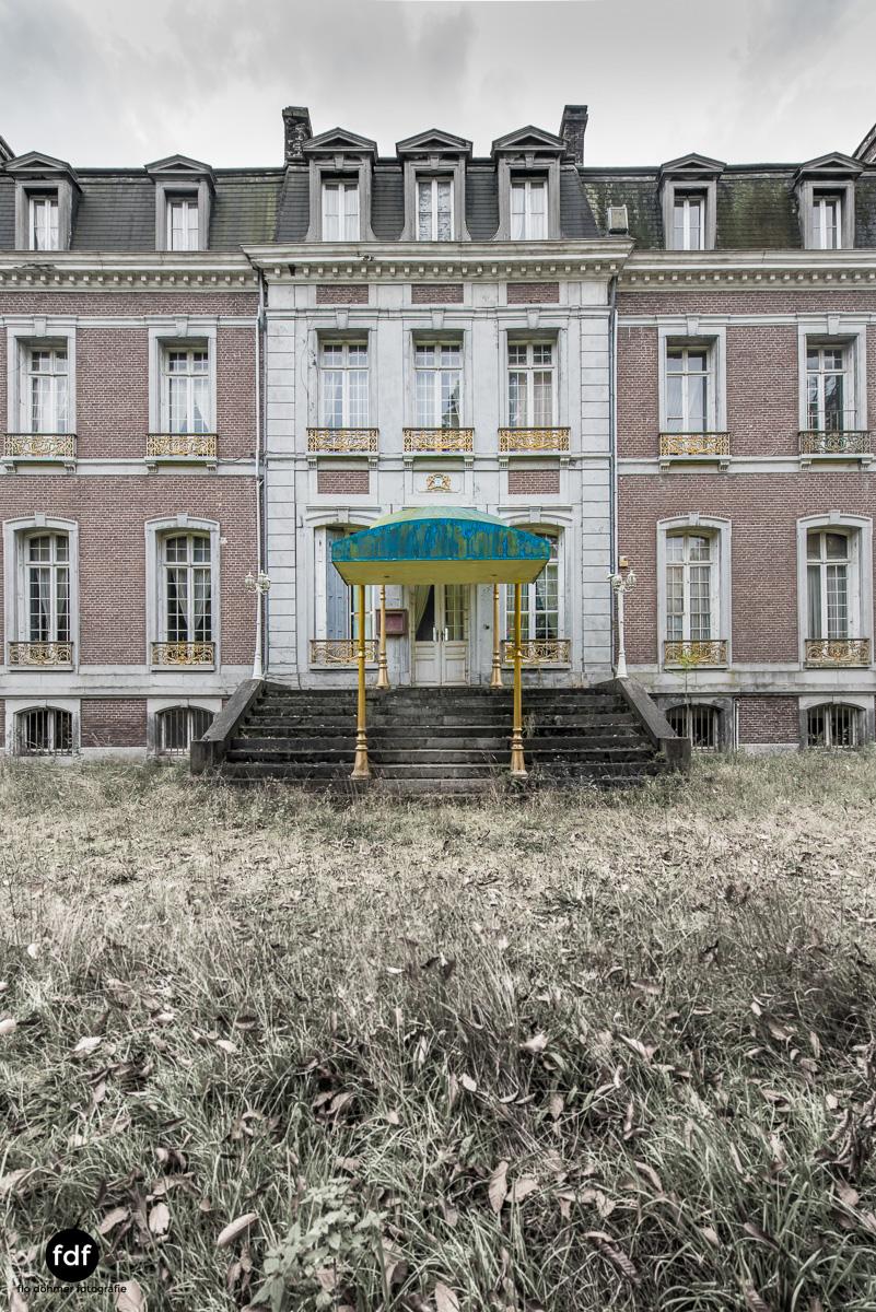 Hotel Cheminee Chateau Belgien Lost Place-79.JPG