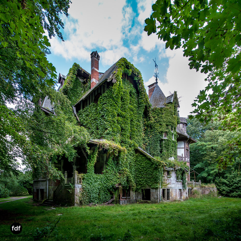 Chateau Nottebohm Landgut Belgien Lost Place-10.JPG