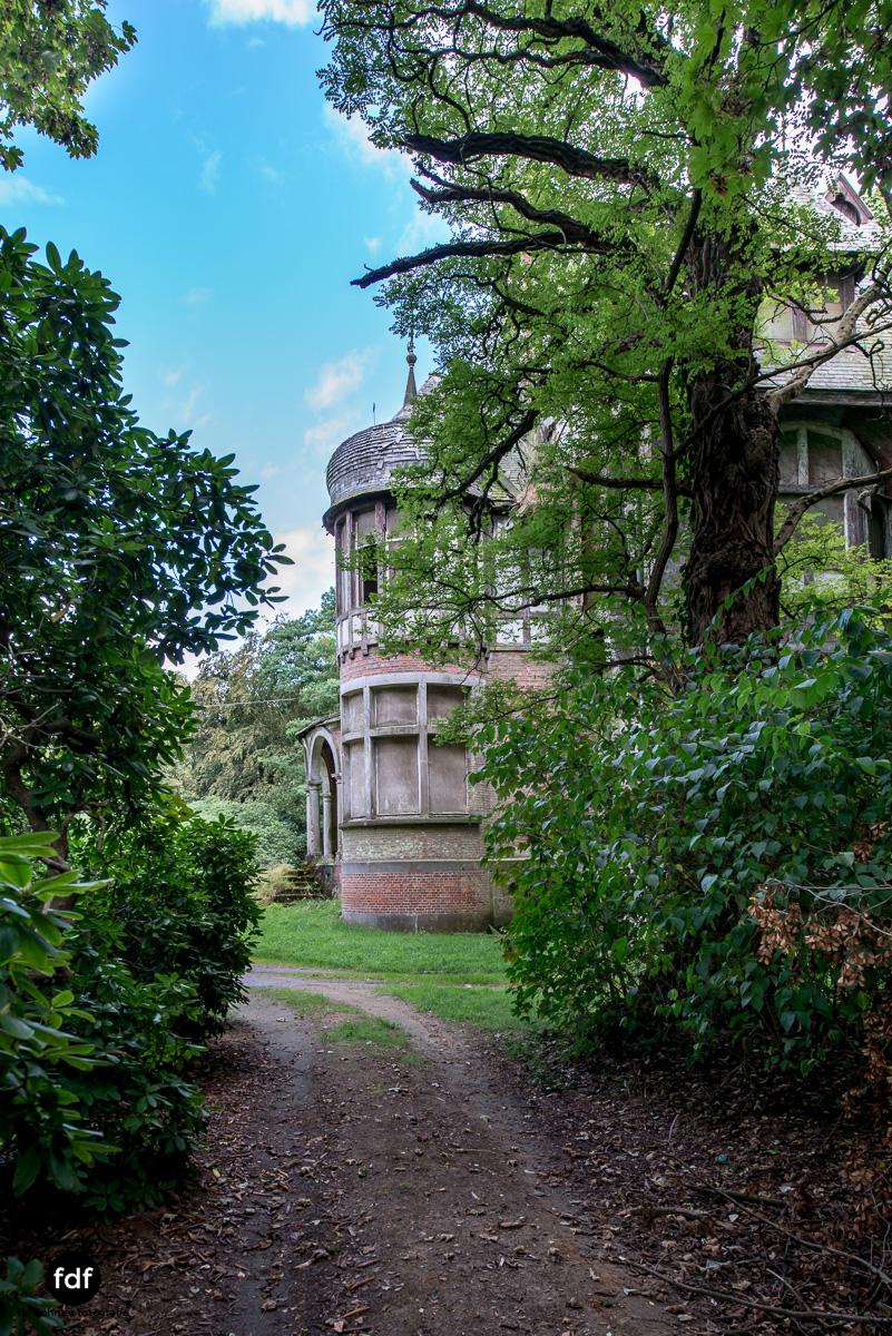Chateau Nottebohm Landgut Belgien Lost Place-35.JPG