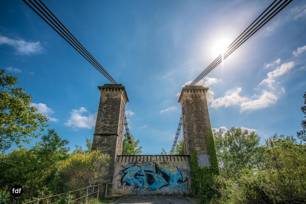 Woodbridge Brücke Provence Verfall Lost Place-7.JPG