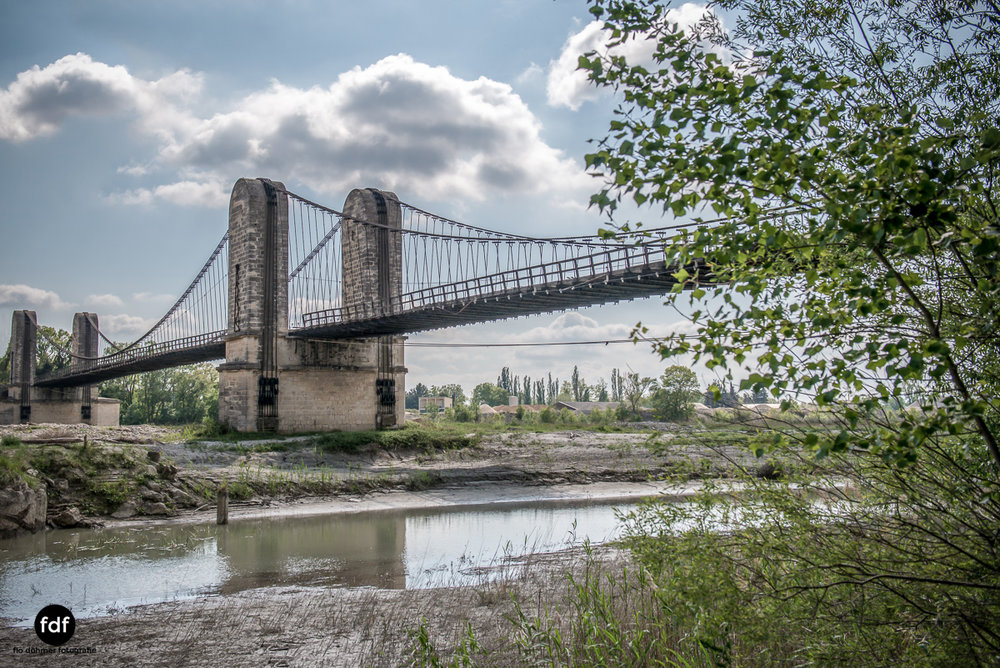 Woodbridge Brücke Provence Verfall Lost Place-2.JPG