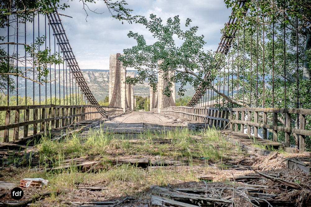 Woodbridge Brücke Provence Verfall Lost Place-24.JPG