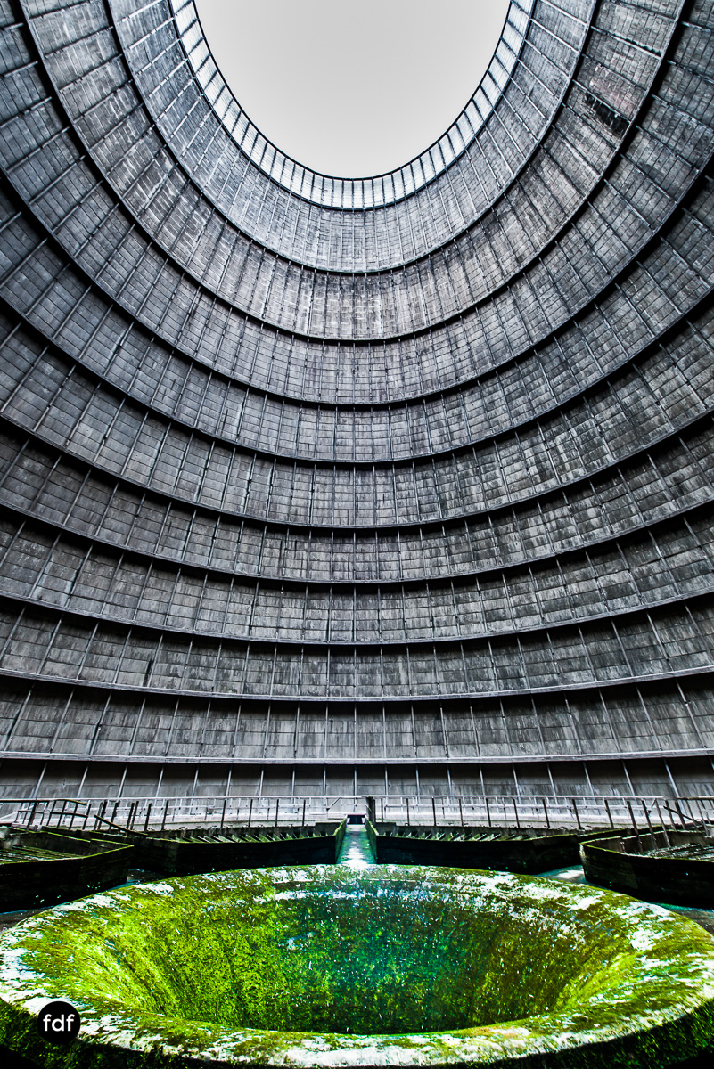 Powerplant-Kühlturm-Urbex-LostPlace-Industrie-Kraftwerk-27.JPG