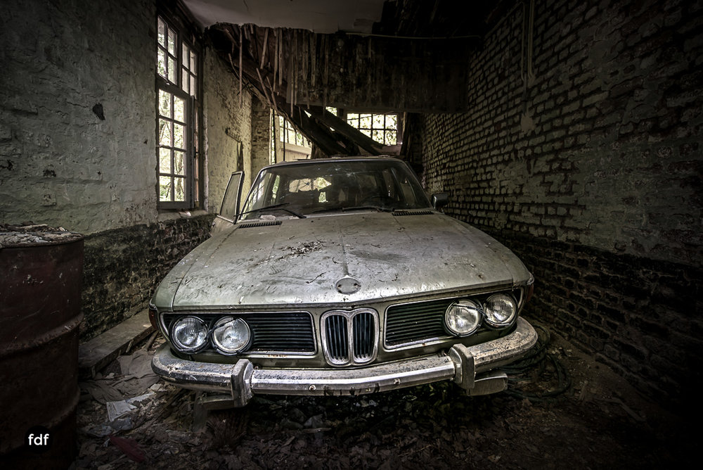 Villa BMW-Herrenhaus-Urbex-Lost-Place-Belgien-11.JPG