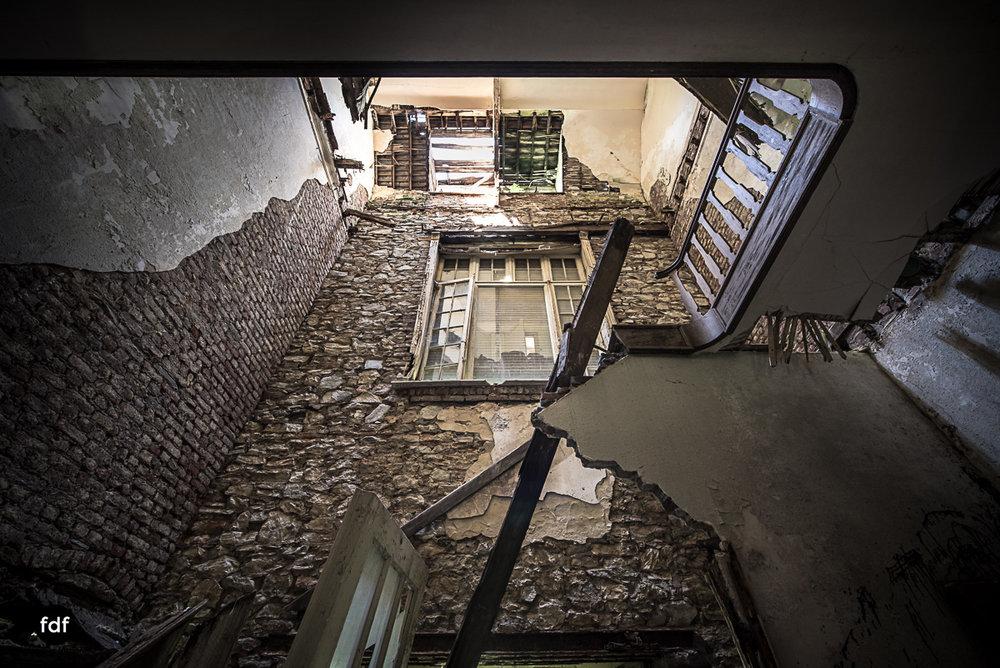Villa BMW-Herrenhaus-Urbex-Lost-Place-Belgien-56.JPG