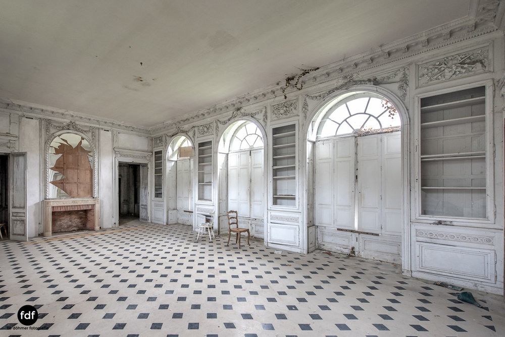 Chateau des Singes-Herrensitz-Lost Place-Frankreich-3.JPG