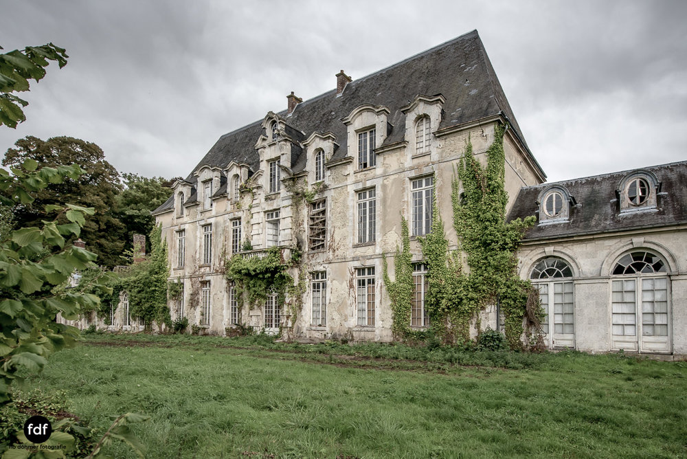 Chateau des Singes-Herrensitz-Lost Place-Frankreich-11.JPG