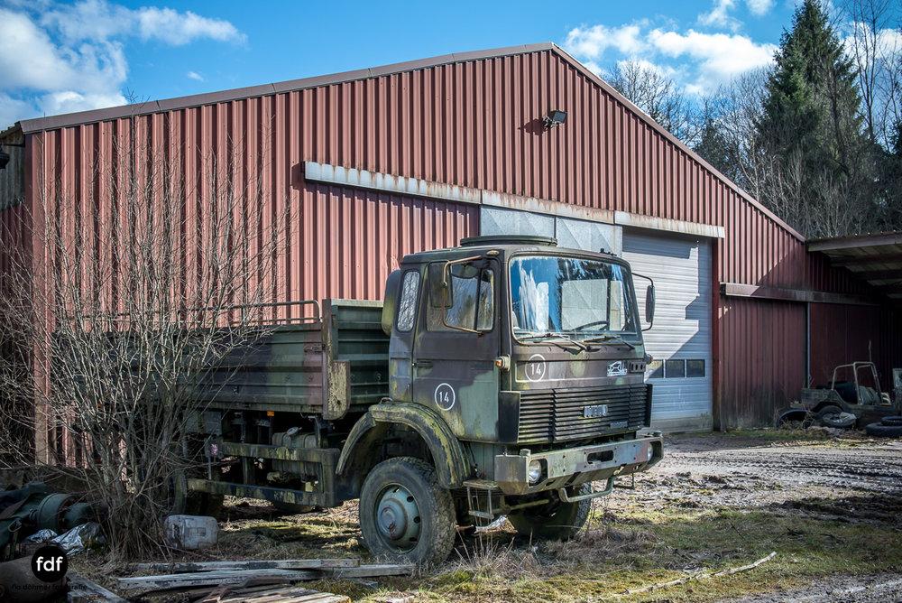 Traction Sud-Schrott-Militär-Lost Place-106.JPG