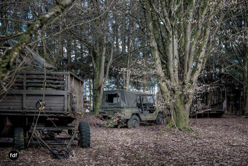 Traction Sud-Schrott-Militär-Lost Place-73.JPG