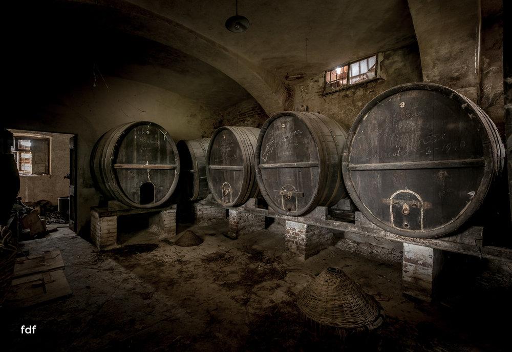 Villa Corinna-Weingut-Herrenhaus-Lost Place-Italien-15.JPG