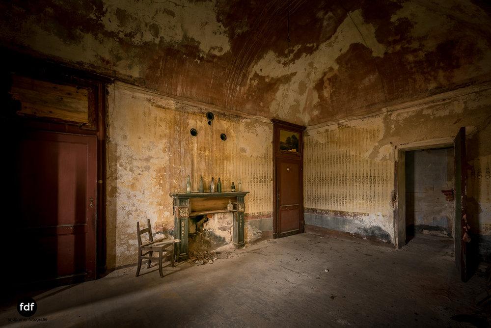 Villa Corinna-Weingut-Herrenhaus-Lost Place-Italien-38.JPG
