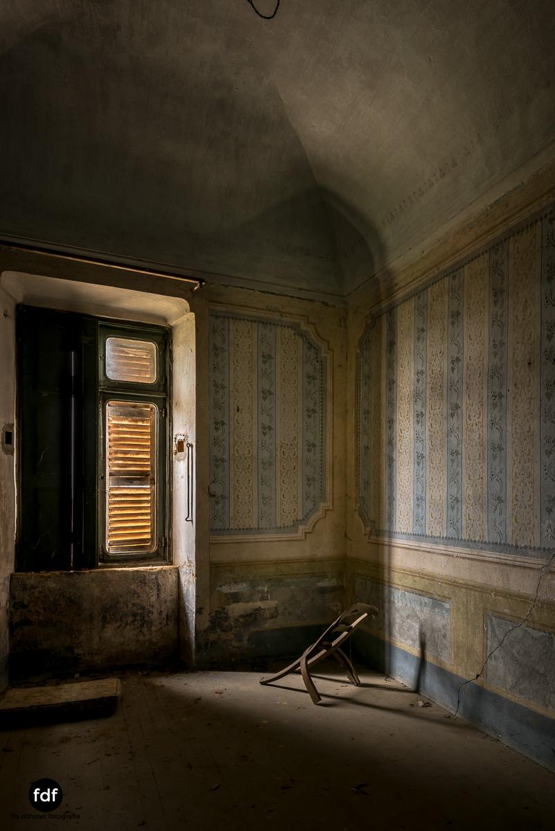 Villa Corinna-Weingut-Herrenhaus-Lost Place-Italien-39.JPG