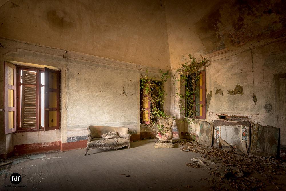 Villa Corinna-Weingut-Herrenhaus-Lost Place-Italien-51.JPG