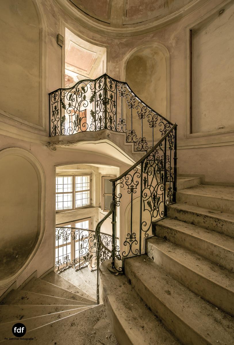 Villa dei Danzatori-Villa RosaPalazzo L-Herrenhaus-Lost Place-Italien-18.JPG