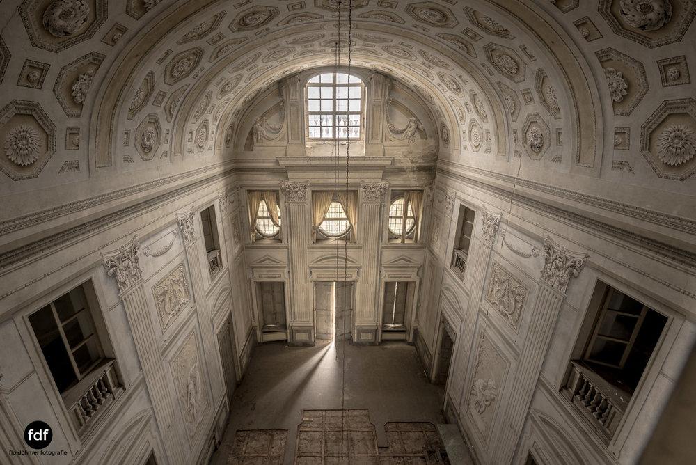 Villa dei Danzatori-Villa RosaPalazzo L-Herrenhaus-Lost Place-Italien-48.JPG