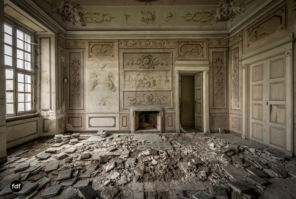 Villa dei Danzatori-Villa RosaPalazzo L-Herrenhaus-Lost Place-Italien-60.JPG