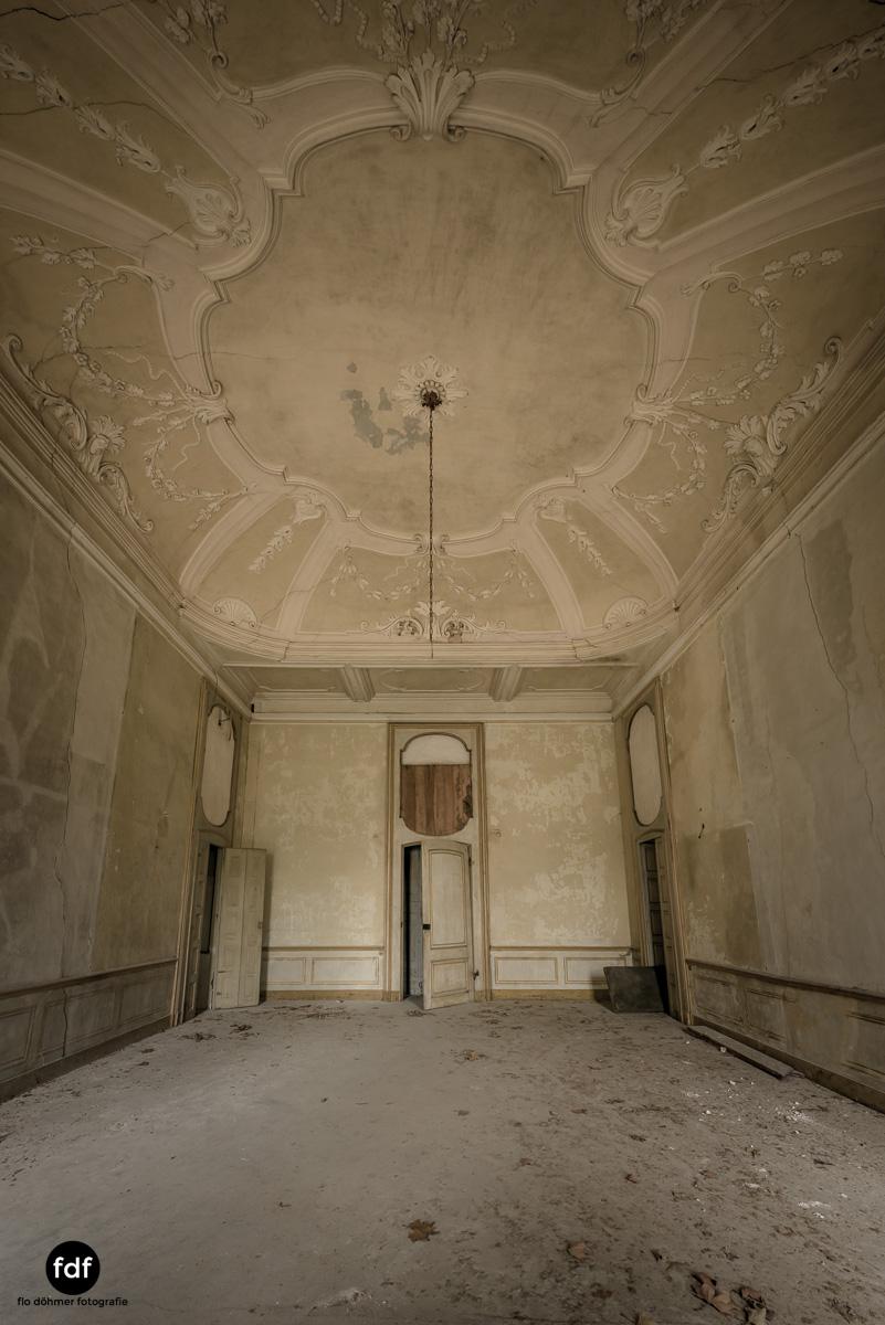 Villa dei Danzatori-Villa RosaPalazzo L-Herrenhaus-Lost Place-Italien-65.JPG