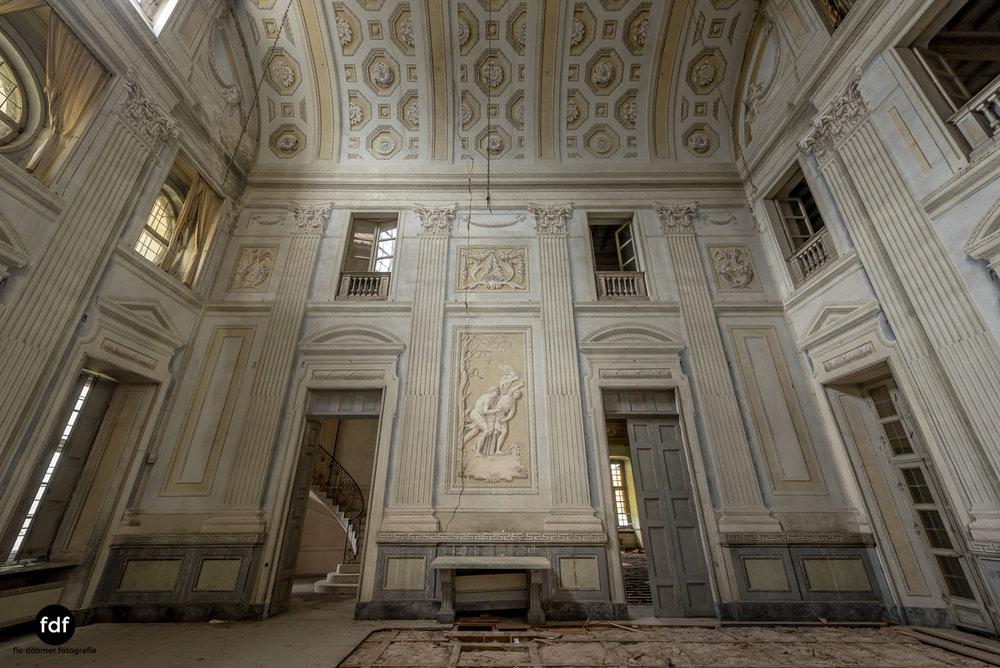 Villa dei Danzatori-Villa RosaPalazzo L-Herrenhaus-Lost Place-Italien-101.JPG