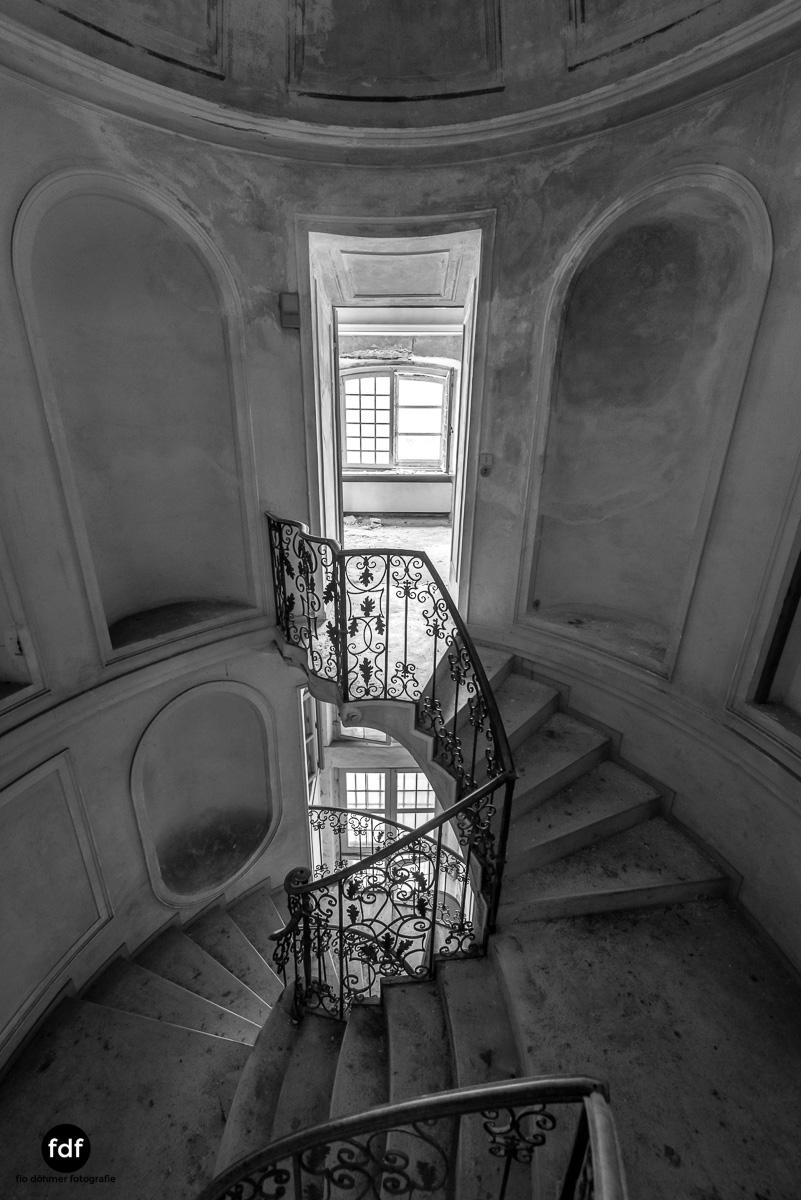 Villa dei Danzatori-Villa RosaPalazzo L-Herrenhaus-Lost Place-Italien-127.JPG