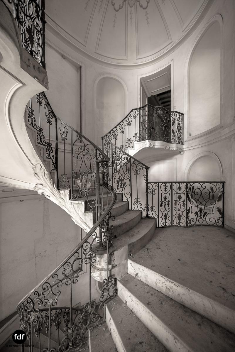 Villa dei Danzatori-Villa RosaPalazzo L-Herrenhaus-Lost Place-Italien-122.JPG